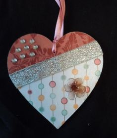 10 cm decorated hanging heart (red) £4.00