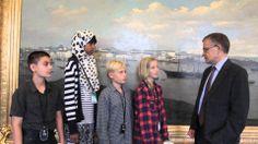 Yrityskylän oppilaat haastatteluvat Helsingin kaupunginjohtajaa Jussi Pajusta // Kids from MyCity interview the mayor of Helsinki, Jussi Pajunen