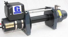 Treuil Electrique TDS 12.0 Bow 2  6500KG 38 m de cable   ✓ ref: TDS12BOW38m   Le treuil TDS 12.0est spécialement conçue pour une utilisation intensive avec son tambour grande capacité 38m de cable ou de corde de diam 11mm, son moteur Bow 2 de 6.8 HP, son systèmes de freinage conique intégrer dans la boite de réduction pour éviter toute surchauffe du tambour comme un treuil classique.   ☞ - 0%