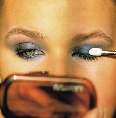 """Maquillage d'Autunno Italia, September 1983 Photographer: Marc Hispard Model: Michelle Eabry"
