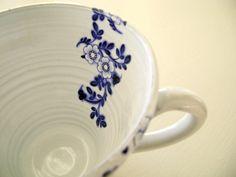 Stoneware with cobalt vine design