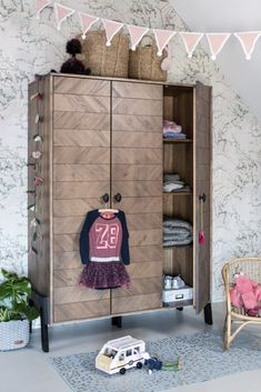 Ladder Decor, Beach House, Kids Room, Entryway, Furniture, Home Decor, Van, Infants, Quartos