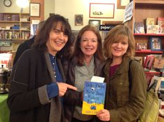 Laurie B. Arnold, Carol Cassella, and Suzanne Selfors -- rockin' BI authors!