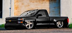 Is it possible to take a near perfect Chevy truck and make it better? Accuair suspension sure can, add the Raceline's and you got a smokin' hot Silverado! Dropped Trucks, Lowered Trucks, Lifted Chevy Trucks, Gm Trucks, Cool Trucks, Chevy 4x4, Dually Trucks, 2016 Chevy Silverado, Silverado Truck
