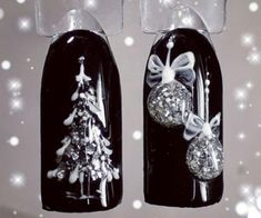 50 Beautiful Stylish and Trendy Nail Art Designs for Christmas Nail Art Noel, Xmas Nail Art, Christmas Nail Art Designs, Holiday Nail Art, Xmas Nails, New Year's Nails, Christmas Nails, Fun Nails, Silver Christmas