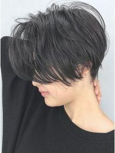 ジェンダーレスブラックアッシュ_ba97802 Short Hair Tomboy, Girl Short Hair, Short Hair Cuts, Japanese Short Hair, Korean Short Hair, Cut My Hair, Love Hair, Shot Hair Styles, Curly Hair Styles