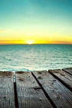 I wonder of the beach misses me. I miss the beach Playa Beach, Ocean Beach, Beach Bum, Sunny Beach, Summer Beach, Moraira, I Love The Beach, Beach Signs, Am Meer
