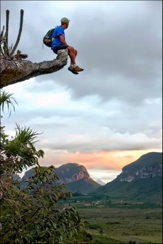 Chapada Diamantina, a national park in Brazil covers an area of 1,520 square kilometers, in itself hides part of the most spectacular sights in the world, but perhaps what most attracts tourists to visit is the paradise caves whose beauty we can not describe  describe  with words .