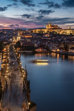 https://flic.kr/p/Nd769h | Sunset | Stunning view over Charles Bridge and Castle in Prague Czech Republic during sunset from above.