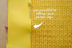 How to sew grosgrain ribbon button bands to a cardigan. Good to know for vintage patterns! Might want to add ribbon to existing sweater. Knitting Help, Knitting Stitches, Knitting Patterns, Sewing Patterns, Knitting Ideas, Vintage Patterns, Techniques Couture, Sewing Techniques, Craft Tutorials