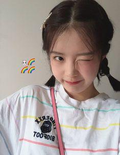Korean Boys Ulzzang, Cute Korean Girl, Very Pretty Girl, Korean Best Friends, Girl Korea, Shot Hair Styles, Uzzlang Girl, Cute Girl Face, Girl Inspiration