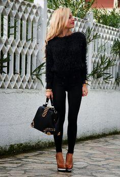 Sigue las tendencias y abrígate con un Fuzzy Sweater.   #fuzzy #fluffy #sweater…