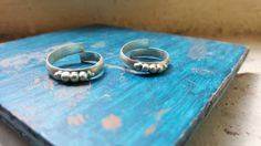 Pure silver antique Indian toe rings / set of 2 by COLOURMEHAPPYY on Etsy