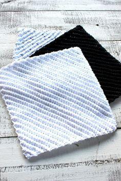 crochet diagonal dish cloths unfolded