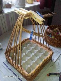 Мастер-класс Поделка изделие Пасха Плетение Моя пасхальная корзинка Бумага газетная фото 10