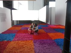 plz come join us on the colourful carpet