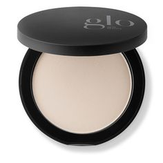 Glo Skin Beauty (formerly glominerals) Perfecting Powder is a truly translucent powder that absorbs excess oil in order to provide a healthy, matte finish. To eliminate shine year-round or simply control oily skin during the hot summer months, Perfecting Powder powder can be used as often as necessary over your foundation to give a shine-free finish. Ideal for on-the-go perfection. | Glo Skin Beauty Perfecting Powder, 9.9 g. | Dermstore Best Foundation For Rosacea, Natural Foundation, Juice Beauty, Beauty Skin, Neutral Skin Tone, Rose Mauve, Pressed Powder Foundation, Vitamins For Skin, Translucent Powder