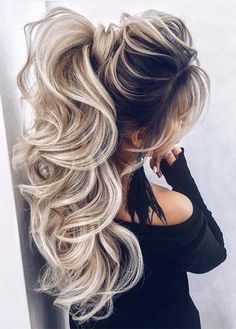 Sensational High Ponytail Hairstyles Trends to Try in 2019 Elegant and inspirational ideas of high p Ponytail Haircut, High Ponytail Hairstyles, High Ponytails, Hairstyles With Bangs, Weave Hairstyles, Wedding Hairstyles, Blonde Hairstyles, High Ponytail Styles, Medium Hair Styles