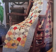Brown Dirt Cottage: Clamshell tutorial.  Like my antique quilt from Eva that mom found and hand quilted.