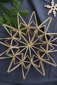 DIY Weihnachtsstern aus Trinkhalmen