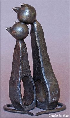 """Couple de chats"" - Metal sculpture by French artist Jean-Pierre Augier"