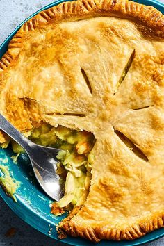 This curry chicken pot pie recipe incorporates garlic, curry powder, cauliflower, peas, carrots, chicken or turkey and pie crust to create the ultimate comfort food meets fall recipe. Whether you're eating this chicken recipe for a cozy fall dinner or packing it for lunch, it's a great choice for a comfort food recipe. #chickencurry #chickencurryrecipes #chickenpotpie #chickenpotpierecipes #fallrecipes #comfortfood Curry Chicken Pot Pie Recipe, Chicken Recipes, Healthy Comfort Food, Fall Dinner, Curry Powder, Comfortfood, Food Cravings, Fall Recipes, Cauliflower