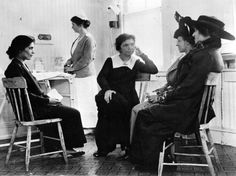 1916-1921: Margaret Sanger starts the first 'birth control' clinic in Brooklyn, NY and forms the American Birth Control League, the precursor to Planned Parenthood.