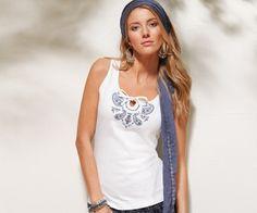 Kolsuz #Tişört Modelleri #tişörtmodelleri #yenimoda http://www.enyeniabiyemodelleri.com/kolsuz-tisort-modelleri/
