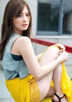 Cute Asian Girls, Cute Girls, Asian Ladies, Young Magazine, Cute Japanese Girl, Beauty Full Girl, Beauty Girls, Lovely Legs, Beautiful Asian Women