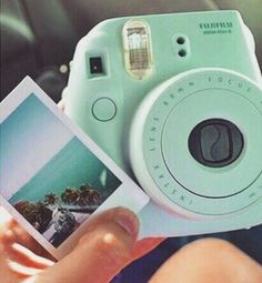 a purple fujifilm modern Polaroid camera. Deco Tumblr, Photo Kawaii, Camara Fujifilm, Mode Ulzzang, Polaroid Pictures, Polaroid Ideas, Tumblr Polaroid, Tumblr Quality, Little Presents