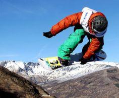 extreme snowboard women