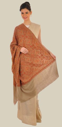 Pure Kashmir Pashmina shawl with hand embroidered sozni ( needlepoint) embroidery all over. Kashmiri Shawls, Indian Fashion, Womens Fashion, Cashmere Shawl, Indian Heritage, Pashmina Shawl, Spring Outfits, Hand Weaving, Couture