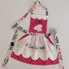Toddler Apron Personalized Handmade Embroidery by BTCHandmades Toddler Apron, Kids Apron, Sewing For Kids, Baby Sewing, Shabby Fabrics, Cute Aprons, Sewing Aprons, Apron Designs, Aprons Vintage