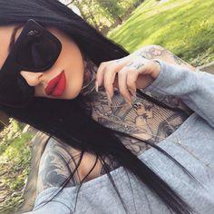 Going to buy snacks like. Dark Hair Makeup, Glam Makeup, Makeup Eyes, Beauty Makeup, Hair Tattoos, Sexy Tattoos, Goth Beauty, Hair Beauty, Sunnies Cafe