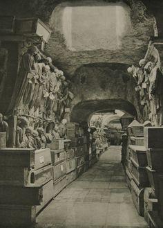 rarething:    Capuchin Catacombs, Palermo, Italy, 1926