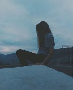 girl, grunge, and sad image