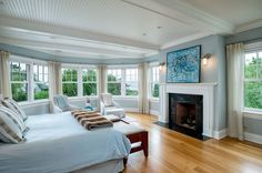Gallery of beautiful bedrooms with wood floors. The rich, warm look of wood flooring is highly sought after for use in luxury interior designs. Get ideas for designing your own perfect retreat. Bedroom Wood Floor, Bedroom Flooring, Bedroom Wall, Bedroom Decor, Bedroom Ideas, Bedroom Designs, Wood Floor Design, Wood Tile Floors, Hardwood Floors
