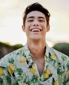 i think his name is Donato Antonio Pangilinan Donny Pangilinan Wallpaper, Beautiful Boys, Beautiful People, Whispers In The Dark, Bae, I Need Jesus, Best Boyfriend, Dream Boy, Attractive Guys