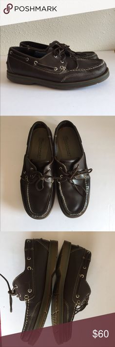 Rockport Men's Brown Leather Boat Shoes Sz 9.5 Rockport Men's Brown Leather Boat Shoes Sz 9.5. EUC. Has wear to back sides on bottoms. See pics. Washable foot insoles. Rockport Shoes Flats & Loafers