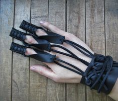 1 Archery Glove Shooting Leather Draw Hand Glove by FolkOfTheWood