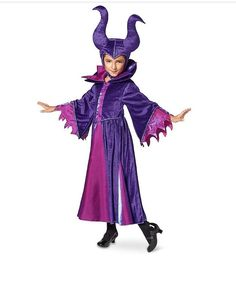 The evil fairy Maleficent materializes for your next masquerade party in plush violet velour robes and iconic horned headdress, trimmed by fiery iridescent magenta satin with fine metallic detailing. Deliver the invitation personally! Costume Halloween, Cute Costumes, Disney Costumes, Halloween Costumes For Girls, Girl Costumes, Halloween 2017, Disney Halloween, Halloween Ideas, Costume Ideas