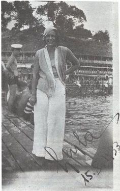 Leyla Asım Turgut, ilk kadın mimarımız. Aynı zamanda ilk kadın yüzücülerdendir.