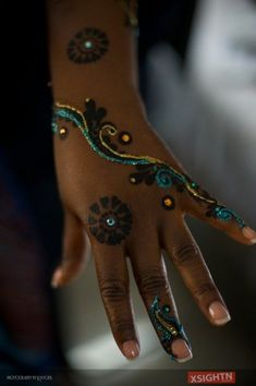 Images of Traditional Kenyan and Nigerian Bridal Henna Tattoos