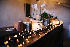Kasia Skrzypek Wedding Photographer Brussels | Photographe de mariage Bruxelles | Fotograf ślubny Belgia Bruksela | Jannetien & Korneel Natural Winter Wedding in Brugge, light, orchid decorations