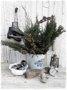 #Winterdeko #Winterzeit #christmasdecoration #brocante #christmasbells #vintage