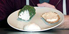 IT-consulent maakt en verkoopt veganistische kaas