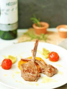 Saftiges Lamm Karree, sous vide oder klassisch zubereitet, mit Süßkartoffelstampf und gebratenem Fenchel.