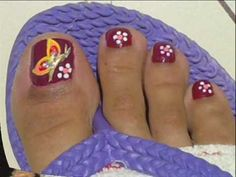 Red toes nails design