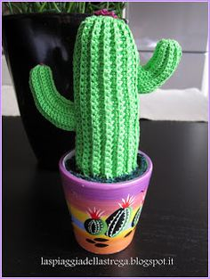 cactus all'uncinetto - crochet cactus pattern in italian BUT with clear pictures! yay