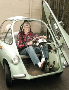 Vetter's Heinkel Cabin Cruiser is one of many unusual cars that he owns. The tiny, egg-shaped German car is slightly more than 8 feet long and a little more than 4 feet wide. The wheelbase is a diminutive 68.75 inches. The car weighs 535 pounds empty, which is considerably less than some full-dress motorcycles.